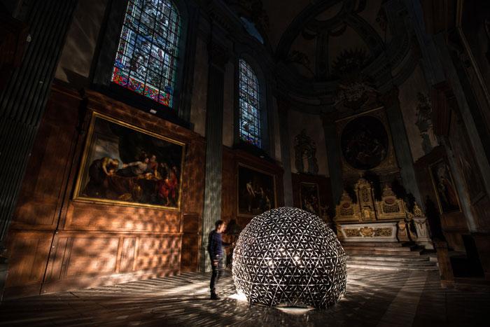 Lotus-Dome-by-Roosegaarde